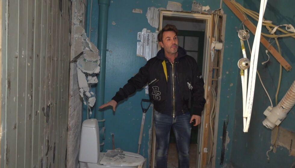 KAOS: Jan Thomas' nye bolig så ut som et falleferdig hobbithull da Se og Hør begynte filmingen. Foto: Se og Hør