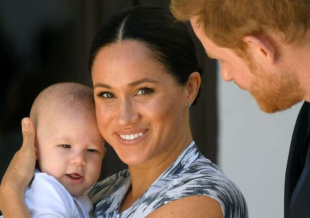 SKJERMET: Meghan og Harry viste frem lille Archie i september, men verner stort sett om privatlivet hans. Foto: NTB Scanpix