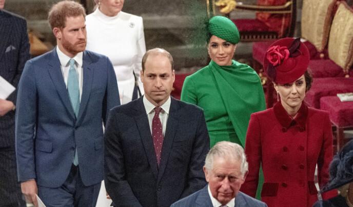 SAMLET: Her er prins Harry og hertuginne Meghan sammen med prins William og hertuginne Kate under den årlige Commonwealth Day service i London i mars i fjor. Foto: Phil Harris / Pool via AP/NTB