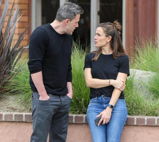 SAMMEN: Ben Affleck og ekskona Jennifer Garner ble observert sammen for første gang etter 47-åringens uttalelser. Foto: NTB scanpix