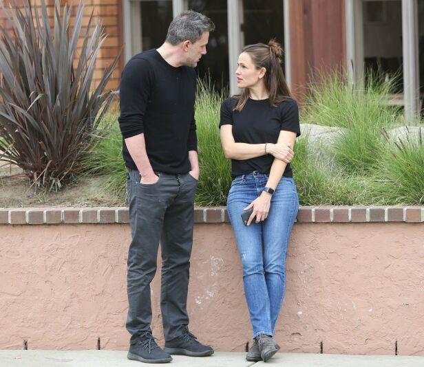 NÆRT VENNSKAP: Ben og ekskona Jennifer har beholdt et nært vennskap etter skilsmissen. Her sammen i slutten av februar. Foto: NTB Scanpix