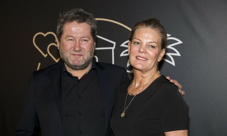 EKTEPAR: Lise Greftegreff legger ikke skjul på at det til tider har vært utfordrende å være gift med en artist. Foto: Terje Pedersen / NTB scanpix