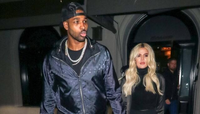 HUSJAKT: Khloé Kardashian og Tristan Thompson skal angivelig være sammen igjen, og skal være på jakt etter et nytt hjem sammen. Her er paret avbildet i Los Angeles i 2019. Foto: NTB Scanpix