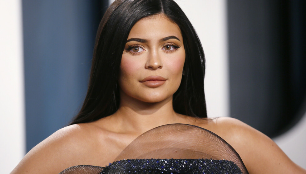 KARANTENE: Kylie Jenner har i likhet med mange andre i verden satt seg selv i frivillig karantene for å forhindre smitte av coronaviruset. Foto: NTB scanpix