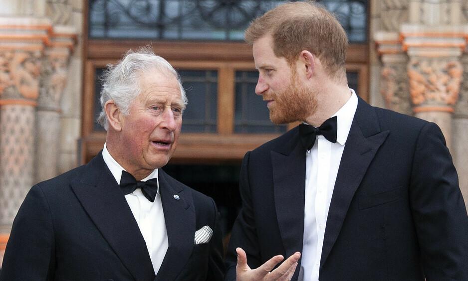 <strong>CORONASMITTET:</strong> I går ble det kjent at prins Charles har testet positivt for coronaviruset. Dette skal ha gjort prins Harry bekymret for farens helse og han skal ha hatt et ønske om å reise for å besøke faren sin. Foto: NTB Scanpix