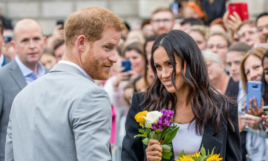 FORLATER INSTAGRAM: Hertuginne Meghan og prins Harry la ut sin siste Instagram-post mandag. Nå trekker de seg tilbake. Foto: NTB scanpix