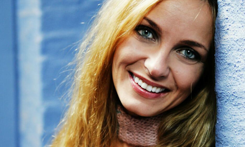 FEM ÅR: I mai er det fem år siden countryartist Liv Marit Wedvik døde i en tragisk ulykke i Risør. Nå snakker døtrene, Charlén og Stine, ut om sorgen. Foto. NTB scanpix
