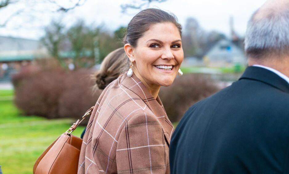 TAKKET HELSEARBEIDERNE: Den svenske kronprinsessen sendte brev til helsepersonell for å takke for innsatsen under coronakrisen. Foto: NTB Scanpix