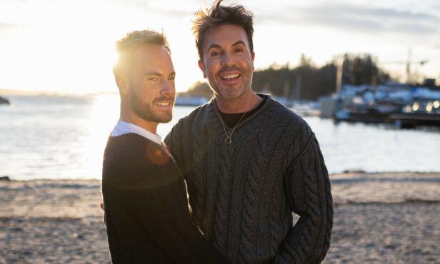 SAMMEN: Harlem og Jan Thomas sammen i Norge. Paret tilbringer mye tid sammen om dagen, og nyter hverandres selskap. Foto: Daniel Sandland
