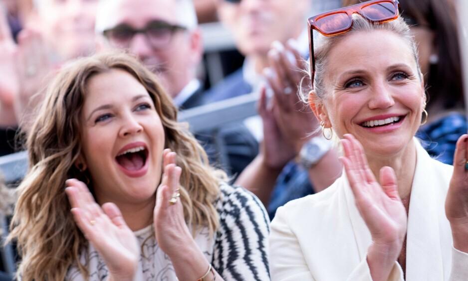 SJELDEN KOST: I en livesending på Instagram uttaler Hollywood-stjernen Cameron Diaz seg for aller første gang om datteren Raddix, samt hvordan det er å være mamma. Her avbildet med venninnen og filmstjernen Drew Barrymore i fjor. Foto: NTB Scanpix