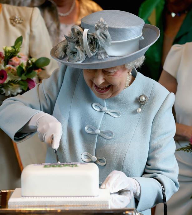 IKKE OPPTATT AV MAT: Ifølge dronningens tidligere kokk er hun ikke noe spesielt opptatt av hva hun får severt. Foto: NTB Scanpix