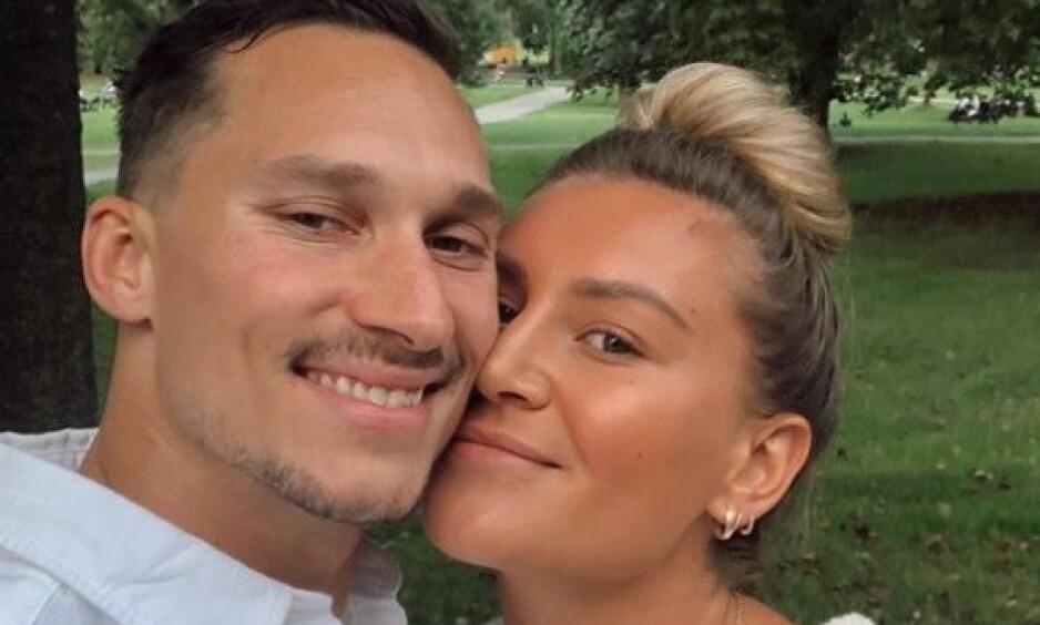 FORLOVET: Mandag kom den gledelige nyheten om at håndballspilleren Amanda Kurtovic har forlovet seg med den tidligere ishockeyspilleren Brede Csiszar. Foto: Privat
