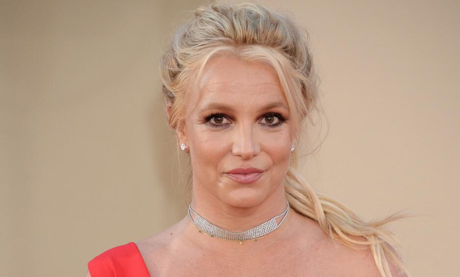 FULL FYR: Popstjerna Britney Spears avslører at hun klarte å sette fyr på treningsrommet sitt for noen måneder siden. Foto: NTB Scanpix