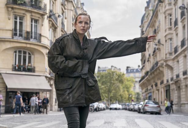 VILLANELLE: Jodie Comer dukker opp i en rekke forkledninger og forfatninger i «Killing Eve». Foto: HBO