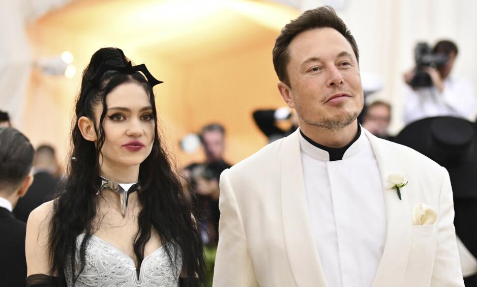 BABYLYKKE: Elon Musk og elektropopartisten Grimes har fått sitt første barn sammen. Foto: NTB Scanpix