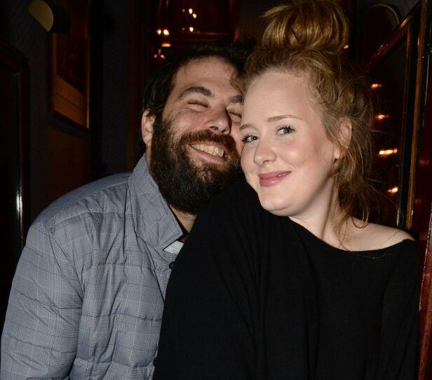 EKSER: Simon og Adele avslørte i april i fjor at de skulle skilles. Her sammen i 2013. Foto: NTB Scanpix