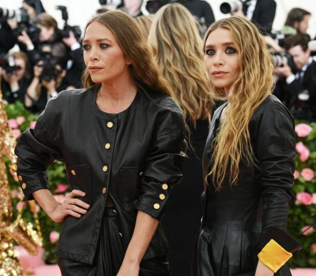 TVILLINGSØSTRE: En hel verden fulgte Mary-Kate og Ashley Olsen idet de sammen vokste opp i rampelyset. Her avbildet i fjor. Foto: NTB Scanpix