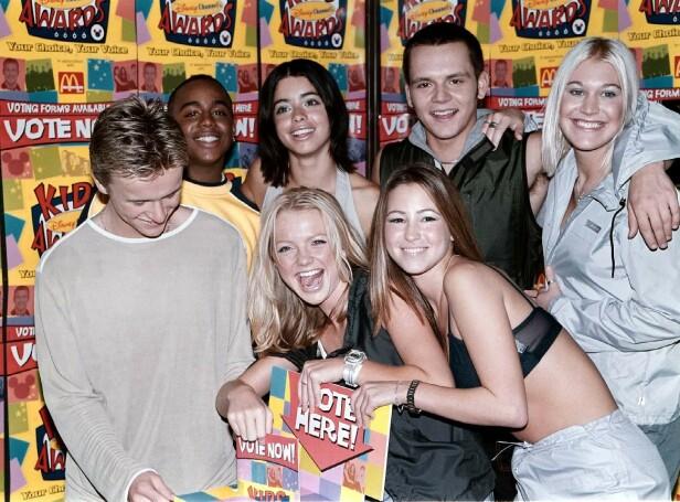 S CLUB 7: Popgruppa var en av 1990-tallet største og bestod av syv trendy og sanggglade ungdommer. Her er de alle samlet i 1999 . (F.v) Jon Lee, Bradley McIntosh, Hannah Spearritt, Tina Barrett, Rachel Stevens, Paul Cattermole og Jo O`Meara. Foto: NTB Scanpix
