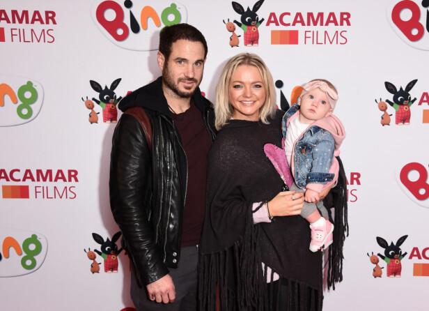 SAMLET: Her er Hannah Spearritt sammen med forloveden Adam Thomas og datteren. Foto: NTB Scanpix