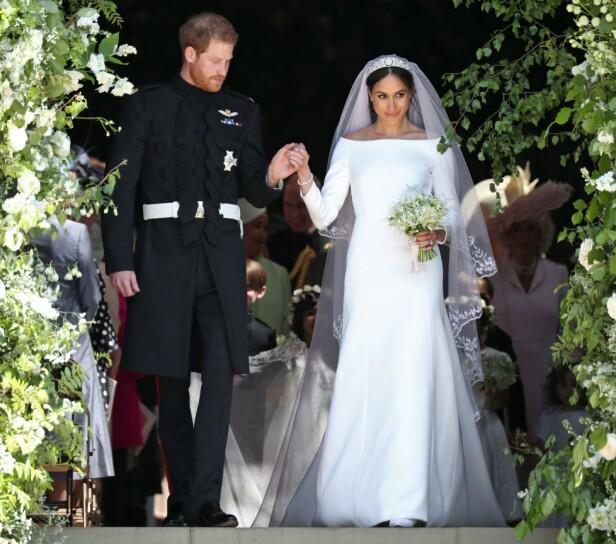 KRITTHVIT: Det var ikke mange nyanser å se i Meghans brudekjole, da den stort sett var kritthvit. Foto: NTB scanpix