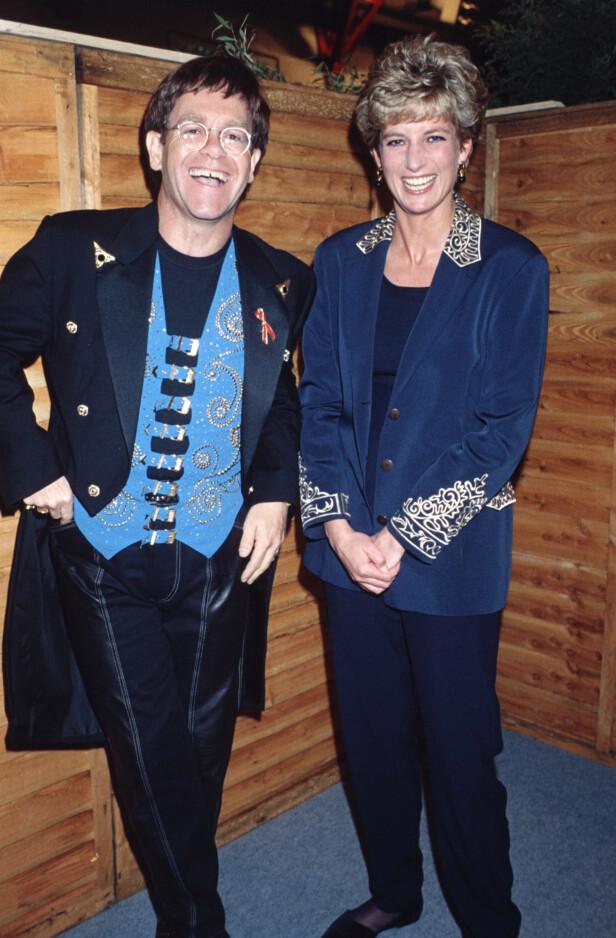 GODE VENNER: Elton John og prinsesse Diana var svært gode venner. Her avbildet i 1993. Foto: NTB scanpix