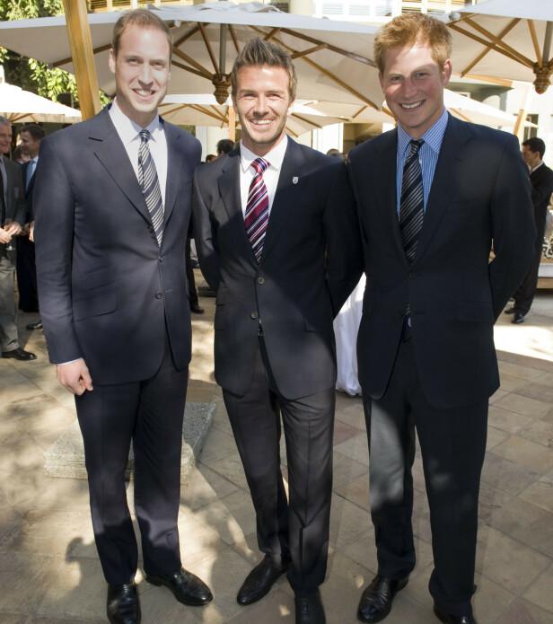 VENNER: David Beckham er nær venn av både prins Harry og prins William. Her avbildet i 2010. Foto: NTB scanpix