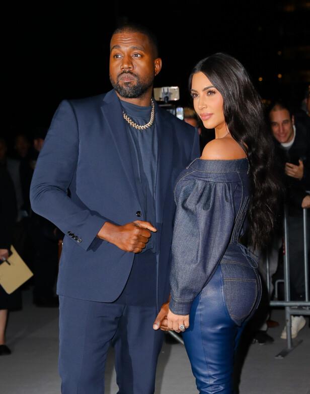IKKE BARE FRYD OG GAMMEN: Det skal over en lengre periode ha vært trøbbel i ekteskapet til Kim og Kanye. Her avbildet i fjor. Foto: NTB Scanpix