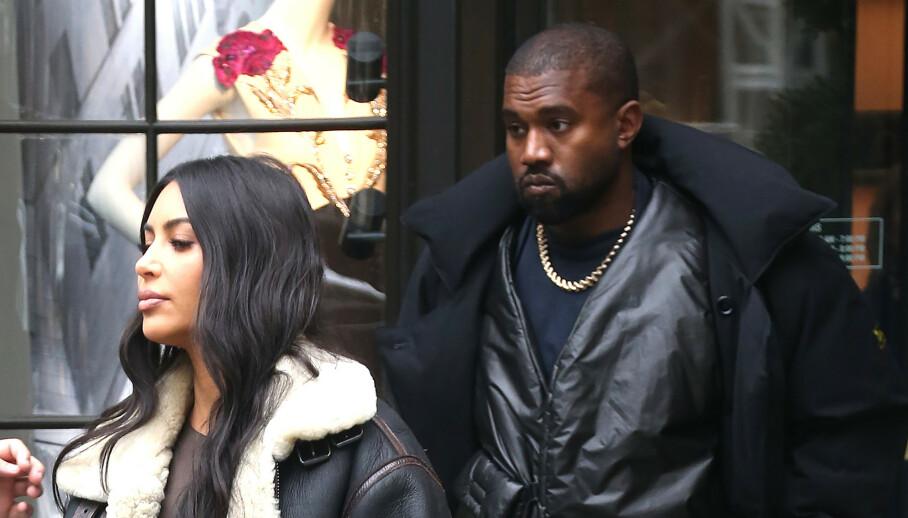 DÅRLIG STEMNING?: Ekteparet Kim Kardashian West (39) og Kanye West (43) holder angivelig avstand fra hverandre ette Kanyes tirader denne uken. Her er de avbildet i 2019. Foto: NTB Scanpix