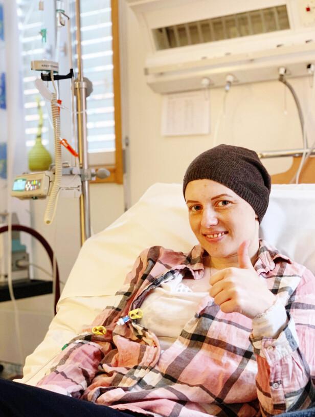 MISTET IKKE HÅPET: Marthe hadde mange runder med cellegift. Hun håpet medisinen skulle holde sykdommen i sjakk. Foto: Privat