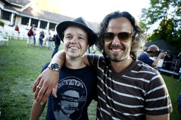 BLE PAPPA: Espen Bjørshol, Ari Behns bror, fortalte under kunstnerens bisettelse at han skulle få en sønn. Nå er han blitt pappa. Foto: Sara Johannessen Meek / NTB Scanpix
