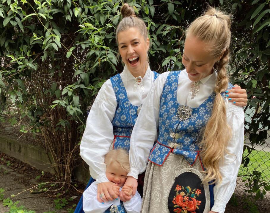 <strong>LYKKELIG FAMILIE:</strong> Therese Aanonli og kjæresten Julie Aahlberg Øyan med datteren Nelly (3). Foto: Privat