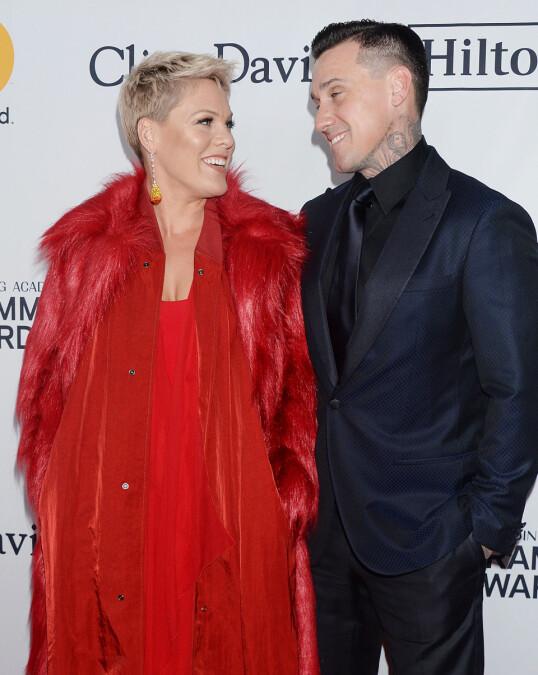 TURBULENT: Ekteskapet mellom Pink og Carey Hart har ikke gått smertefritt for seg. Takket være parterapi holder de fortsatt sammen. Foto: NTB Scanpix