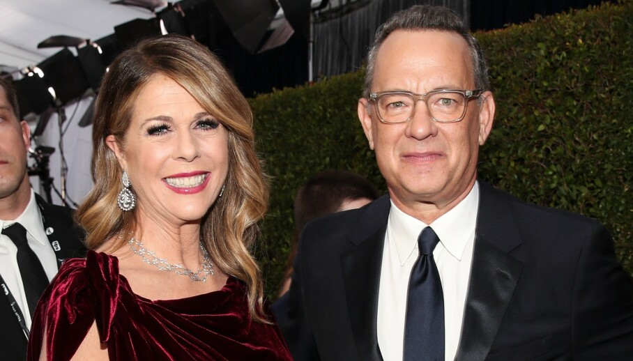 ÅPNER OPP: Tom Hanks og Rita Wilson ble begge smittet av corona tidlig i mars. Nå forteller førstnevnte åpent om hvordan perioden som smittet har vært. Foto: NTB Scanpix