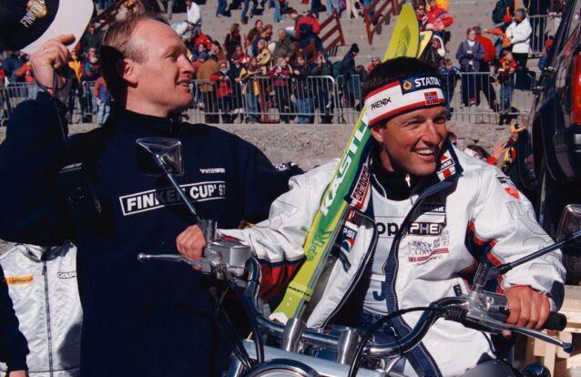 VENNER: Tom Stiansen (t.h.) sier til Dagbladet at han snakket med «Finken» ikke mange dagene før han døde - som følge av akutt sykdom. Her er de to avbildet sammen i 1997. Foto: Ole Berg-Rusten/ NTB scanpix