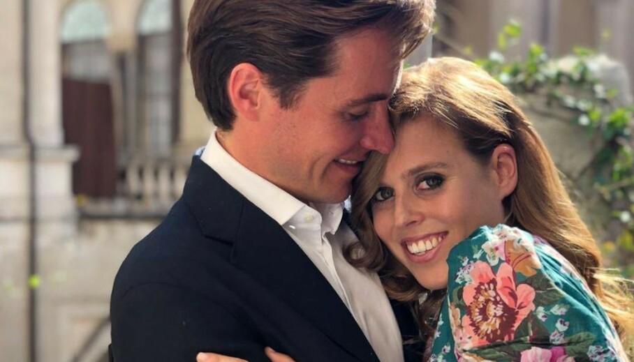 GIFTET SEG: Prinsesse Beatrice og Edoardo Mapelli Mozzi giftet seg i en hemmelig seremoni fredag. Foto: NTB Scanpix