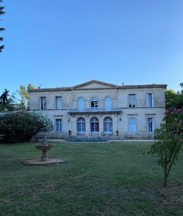 HUS I FRANKRIKE: Det er altså her Lavrans Sollis foreldre har kjøpt seg hus, og hvor familien på fire tilbringer deler av sommerferien sin. Foto: Privat