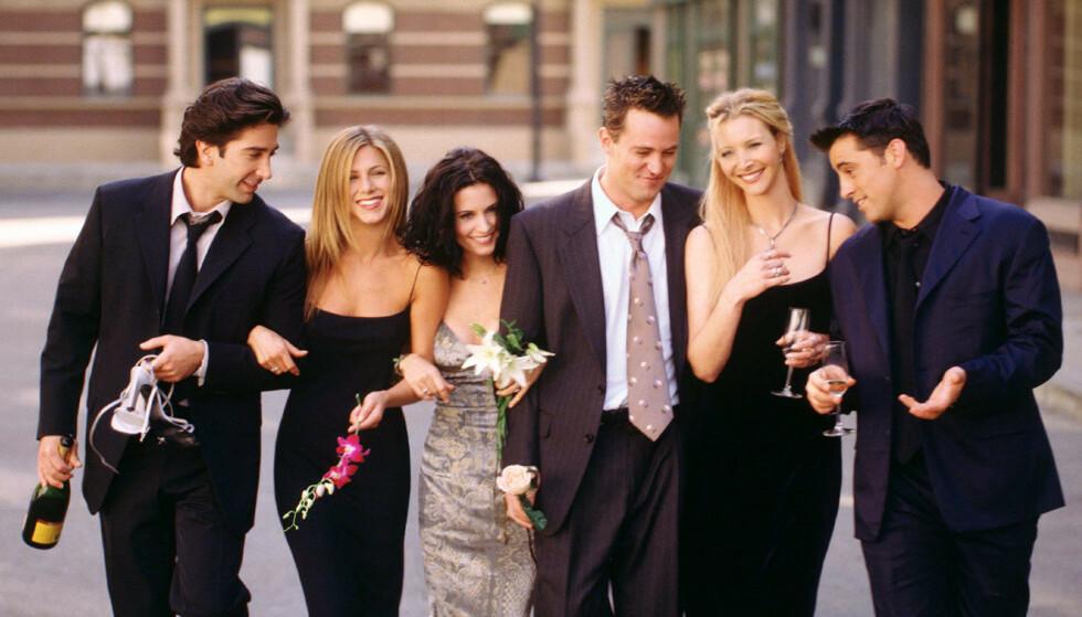 SAMMEN IGJEN: Spesialepisoden av «Friends» kan filmes i august om det trygt nok avslører David Schwimmer. Foto: NTB Scanpix