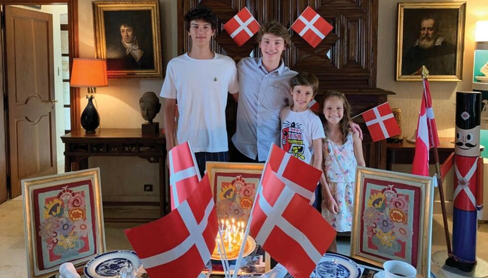 FEIRING: Prins Felix ble feiret av søsknene på 18-årsdagen. Foto: Det danske kongehus