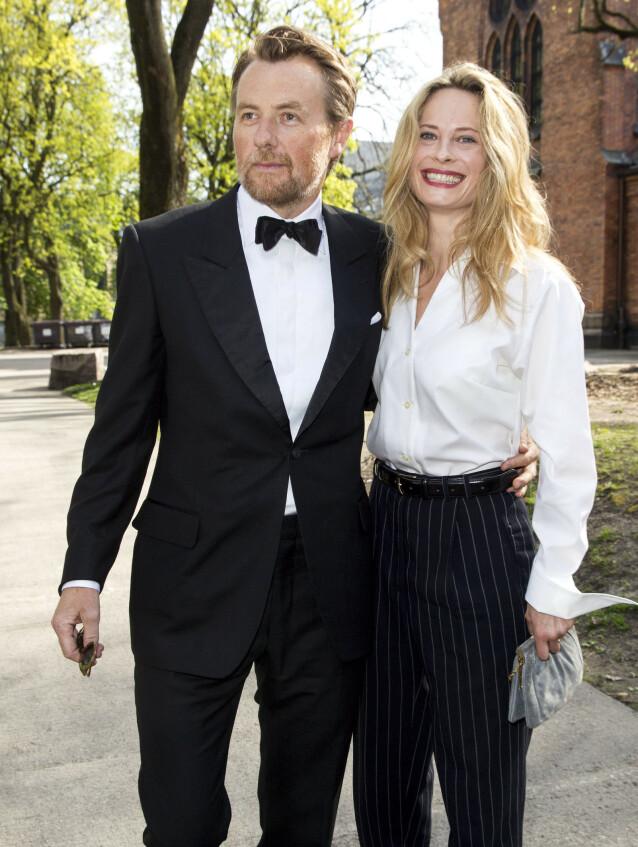 SEKSBARNSFAR: Fredrik Skavlan og Maria Bonnevie har tre barn sammen. Han har også tre barn fra tidligere forhold, og er dermed seksbarnsfar. Foto: Andreas Fadum / Se og Hør.
