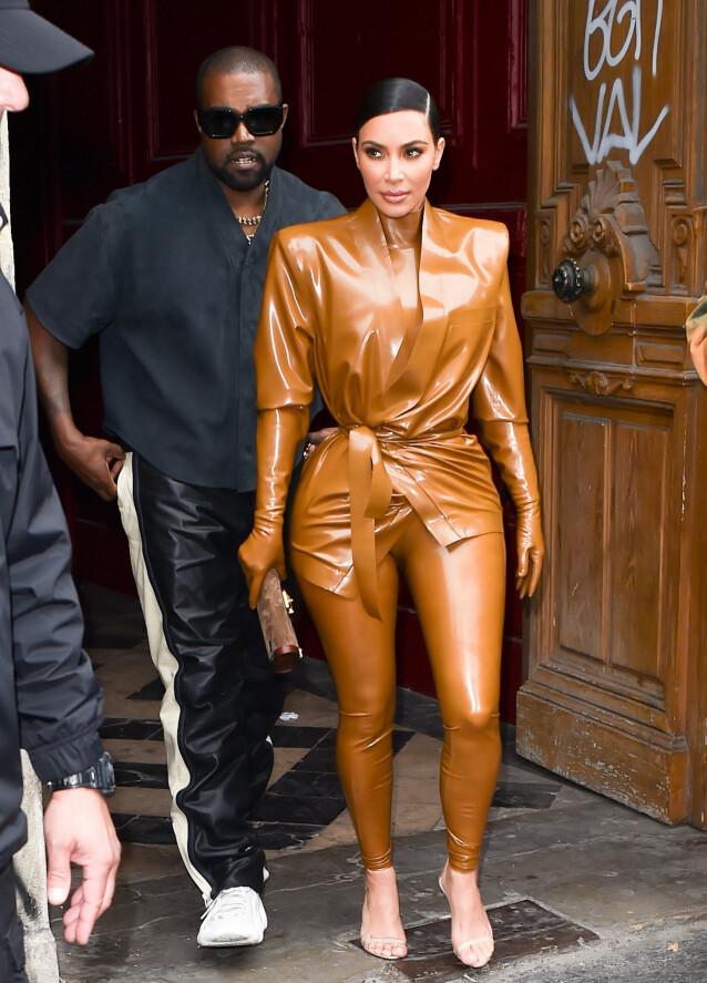 TØFF TID: Det har utvilsomt vært tøffe tak for Kanye West og kona Kim Kardashian den siste tiden. Foto: NTB Scanpix