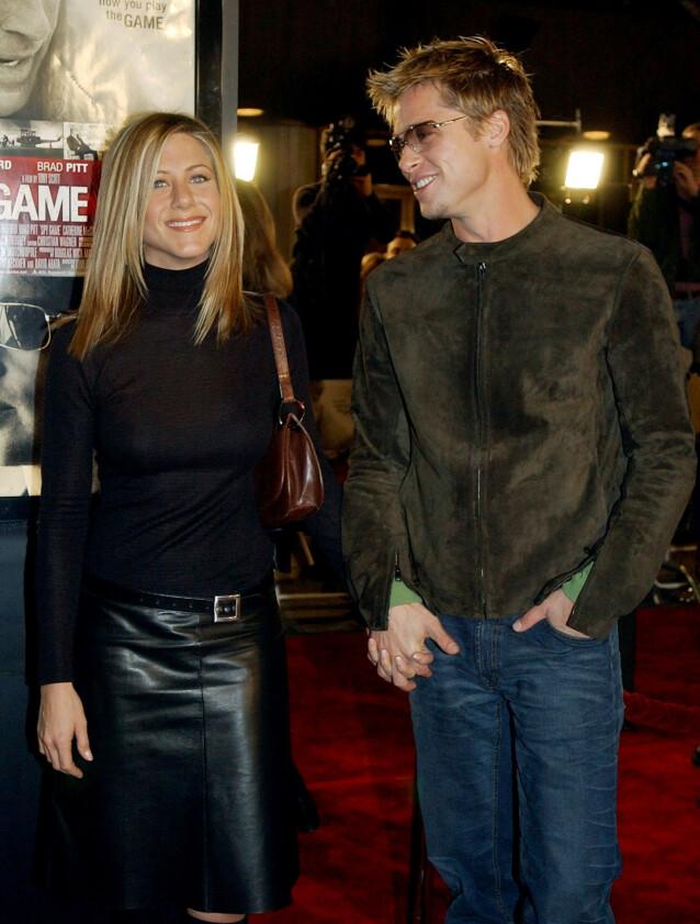LAV PROFIL: Utenom premierer på filmer de selv spiller i, som her på «Spy Game»-premieren i Los Angeles i 2001, forsøkte Brad og Jen å holde en lav profil etter bryllupet - selv om det ikke alltid lot seg gjøre. Foto: NTB Scanpix