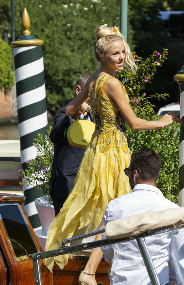 LUKSUS: Her er prinsesse Maria Carolina fotografert i Venezia på kjendishotellet Excelsior i 2018, i forbindelse med filmfestivalen. Selv har hun vært å se på skjermen med Nicole Kidman. Foto: NTB Scanpix