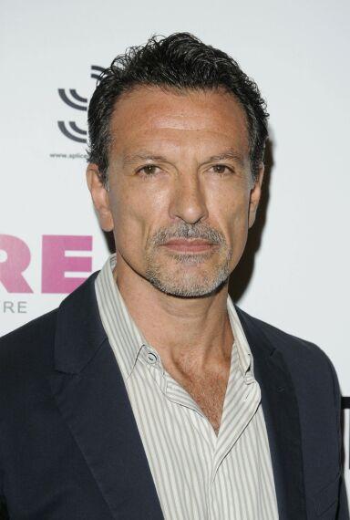ITALIENSK STJERNE: Etter rollen i situasjonskomedien har Cosimo Fusco kapret flere roller og jobber fremdeles som skuespiller. Foto: NTB Scanpix
