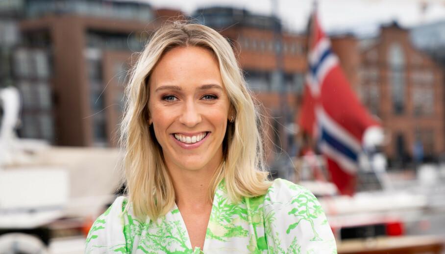 VENTER BARN: Programleder Katarina Flatland er bare en av mange kjendiskvinner som venter barn i år. Foto: TV 2