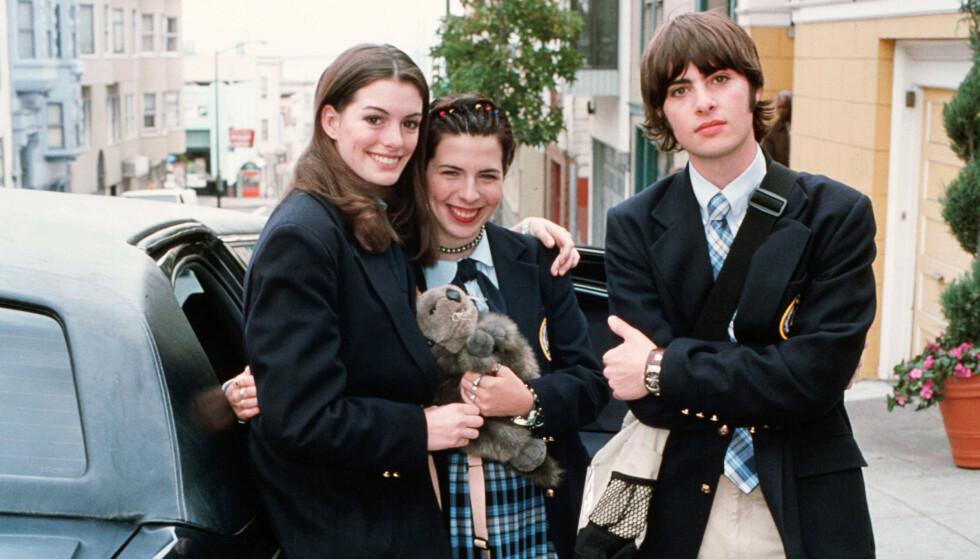 SUKSESS: Anne Hathaway, Heather Matarazzo og Robert Schwartzman i «Prinsesse på prøve». Foto: NTB scanpix