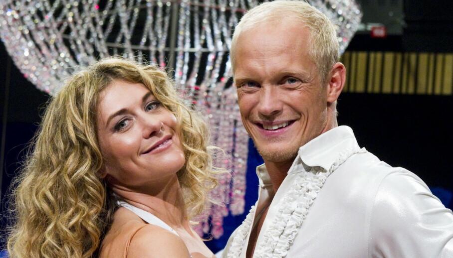 HIV: Danseren Tobias Karlsson sto fram som hivpositiv i september i fjor. Nå snakker han ut om tiden etter avsløringen. Her er han med polfarer Cecilie Skog, som han danset sammen med i 2010. Foto: NTB Scanpix