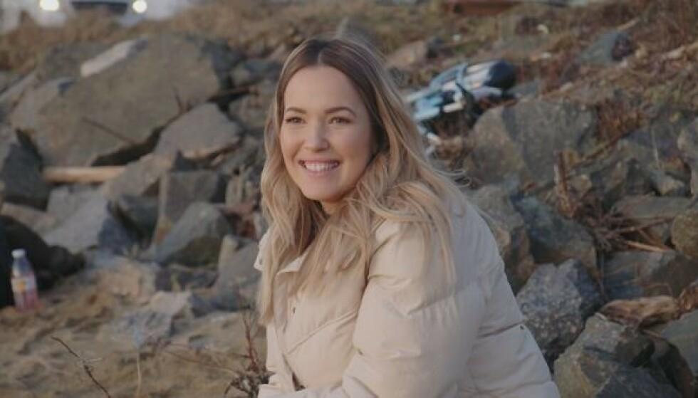 NY I GAMET: Monica Nyhus fra Kristiansand er en av de ny bloggerne i årets sesong. 32-åringen innrømmer at hun var litt nervøs før hun skulle se seg selv og familien på TV. Foto: TV 2