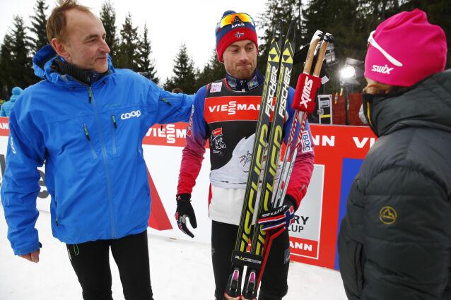 STILLER OPP: Petter med foreldrene i Val di Fiemme i 2015. Dette året ble Petter kåret til årets mannlige utøver og kåret til årets navn for andre gang. Foto: Heiko Junge / NTB scanpix