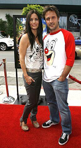 DEN GANG DA: Courteney Cox og David Arquette i 2006, to år etter at de fikk ei datter sammen. Foto: NTB scanpix