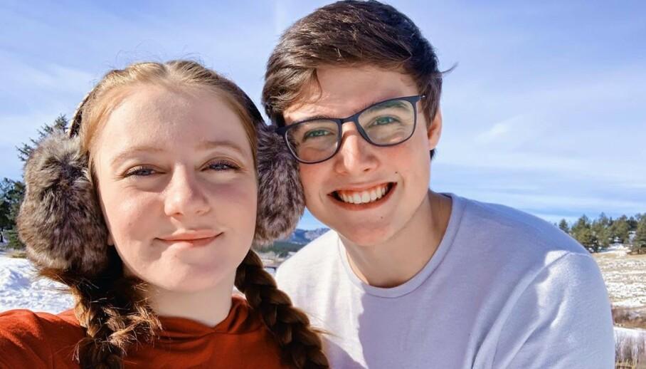 GIKK BORT: YouTube-stjernen Landon Clifford (til høyre) er død. Her er han sammen med kona Camryn Clifford, som han drev en svært populær YouTube-kanal sammen med. Foto: Skjermdump fra Instagram